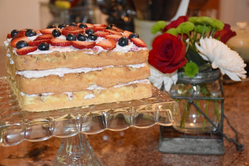 Let Them Eat. Berry Me Naked cake www.diningwithmimi.com